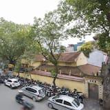 Suite Junior, 1 très grand lit, balcon, vue ville - Vue sur la rue