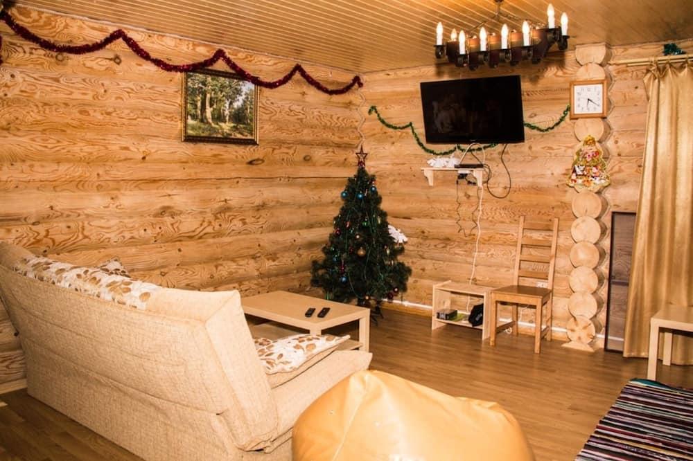 Ģimenes māja, četras guļamistabas - Dzīvojamā istaba