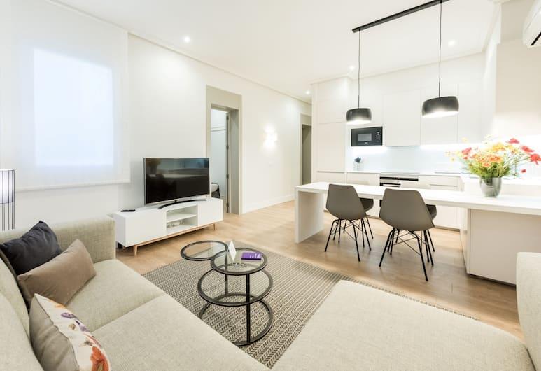 Goya City Center, Madrid, Apartment, 2 Bedrooms, Living Area