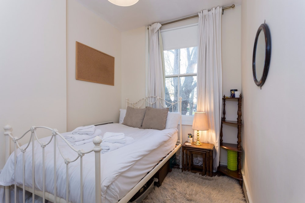 Book 1 Bedroom Flat in Central London Zone 1 in London | Hotels.com