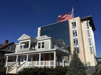 Top 10 Calverton Hotels Near Baiting Hollow Farm Vineyard New York