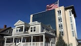 Picture of The Preston House & Hotel in Riverhead