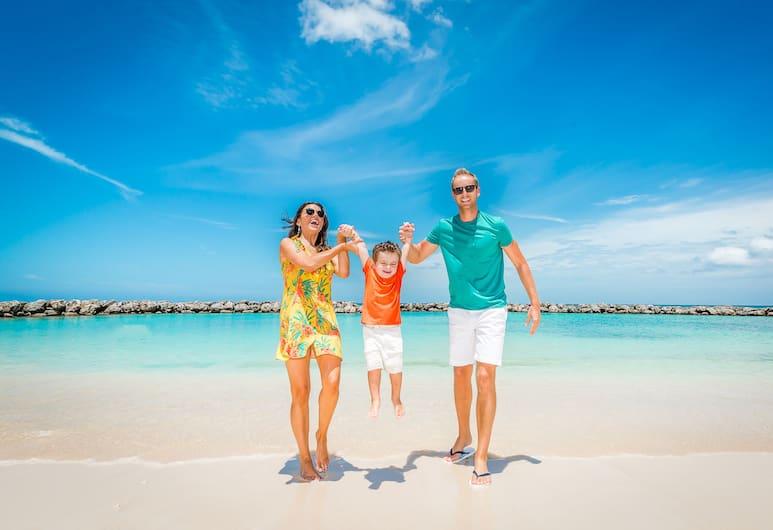 大開曼瑪格里塔韋爾全包式飯店, 七哩海灘, 海灘