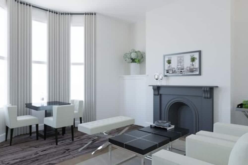 Apartment, 1 Bedroom (First Floor) - Living Area