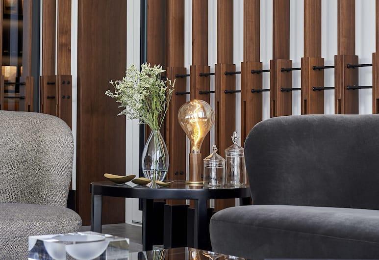 FORM Hotel Dubai, a Member of Design Hotels, Dubai, Lobby Sitting Area