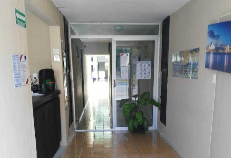 Deja Hostel Suites, Playa del Carmen, Lobby