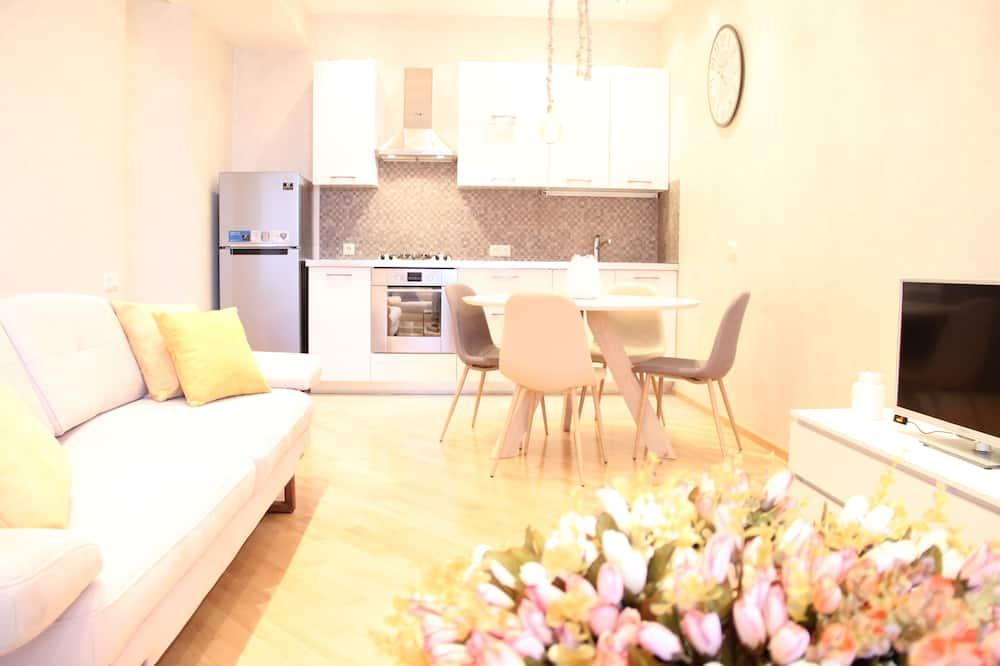 Superior-Apartment, Balkon - Wohnbereich