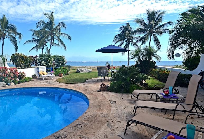 Casa Mariposa @La Puntilla, house 7A, ocean front with private pool, La Cruz de Huanacaxtle, Bassein