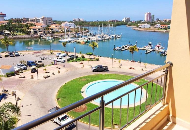 Condo Carla Marina by LATAM Vacation Rentals, Mazatlan, Premium Condo, 2 Bedrooms, Marina View, Oceanfront, Balcony