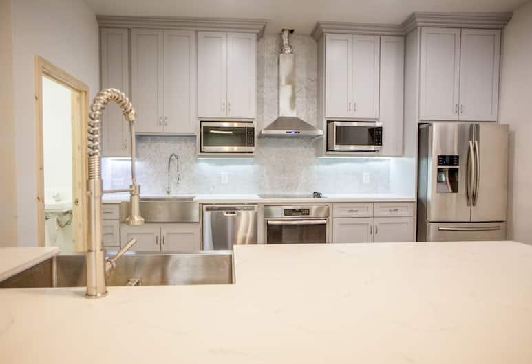 DormShare, Los Angeles, Štandardná spoločná zdieľaná izba, 1 jednolôžko, spoločná kúpeľňa, Kuchyňa v izbe