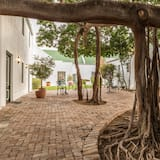 Double or Twin Room, 1 Bedroom, Non Smoking, Resort View - Courtyard