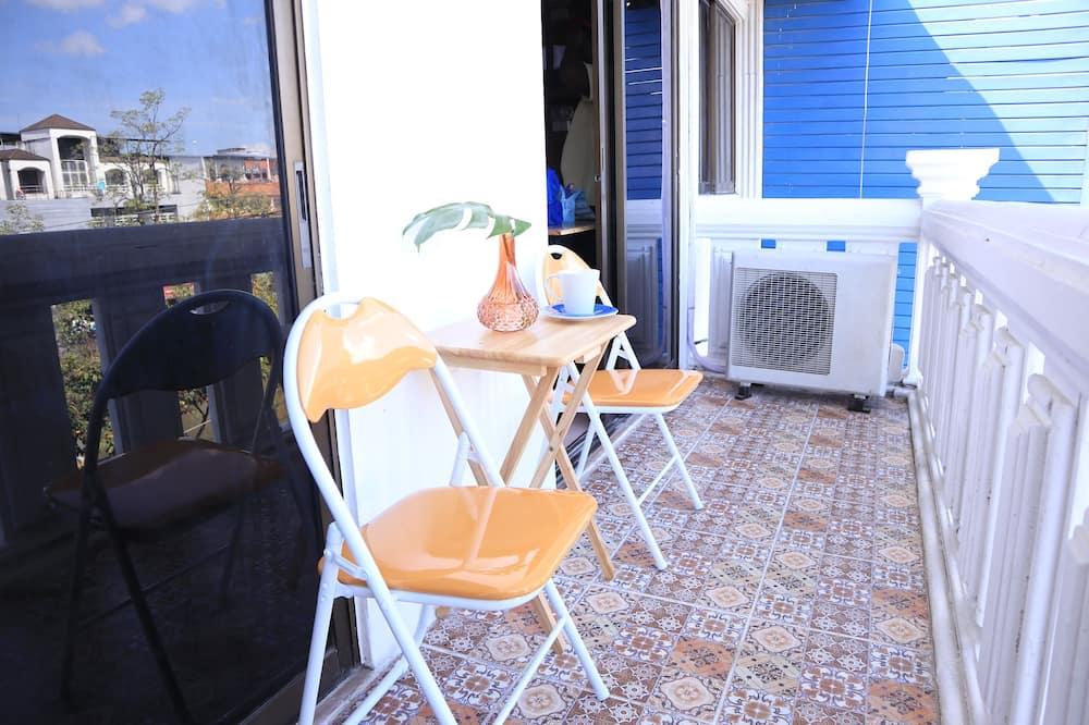 6-Bed Mixed Dormitory  - Balcon