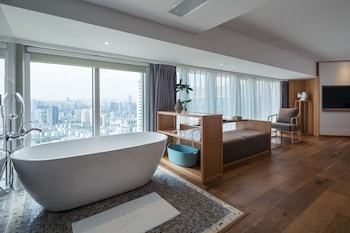 Picture of Chongqing White Cloud Boutique Hotel in Chongqing