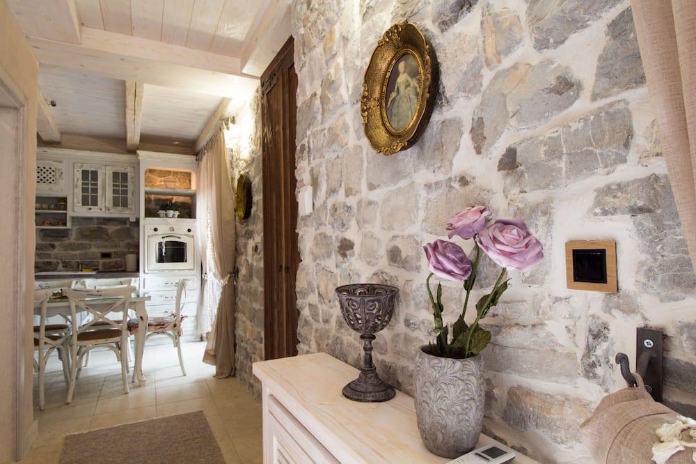 Villa, 3 Bedrooms, Terrace, Sea View - Living Room