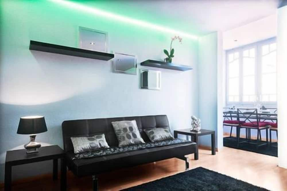 Apartment, 3 Bedrooms (Capuccine) - Living Room