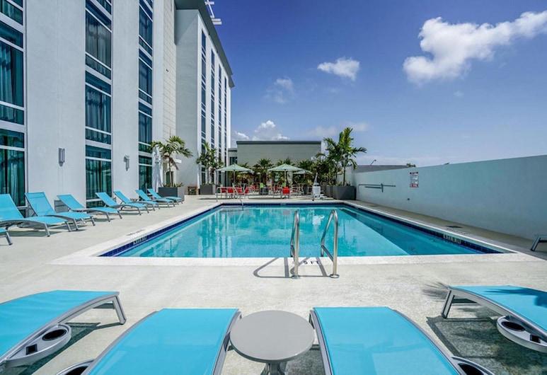 Hotel Morrison FLL Airport, Dania Beach, Rooftop Pool