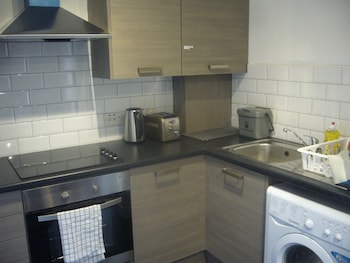 Picture of Dragon - Amulree Apartment 3 Bedroom Home in Glasgow