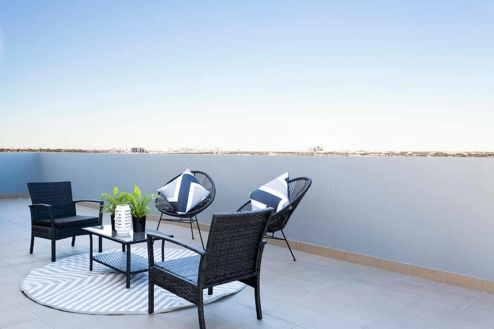 Executive appartement, 3 slaapkamers, keuken, Uitzicht op de stad - Balkon