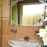 Comfort-Apartment, 2Schlafzimmer - Waschbecken im Bad