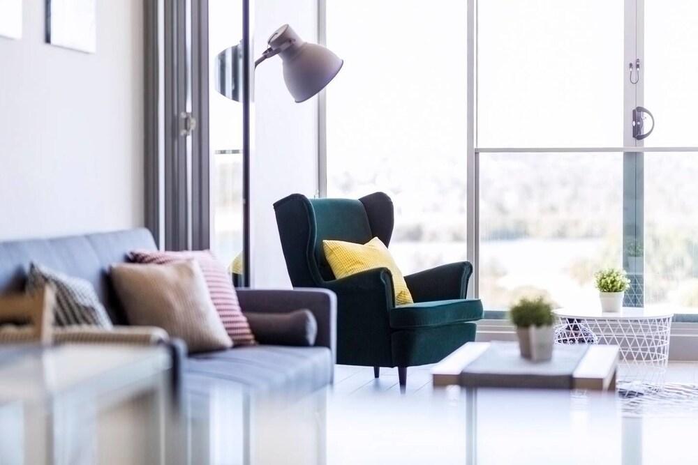 Two Bedroom Designer Apartment + Rooftop Courtyard in Sydney ...