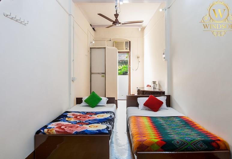Hotel Windsor, Mumbai, Standard tvåbäddsrum - 2 enkelsängar - utsikt mot staden, Gästrum