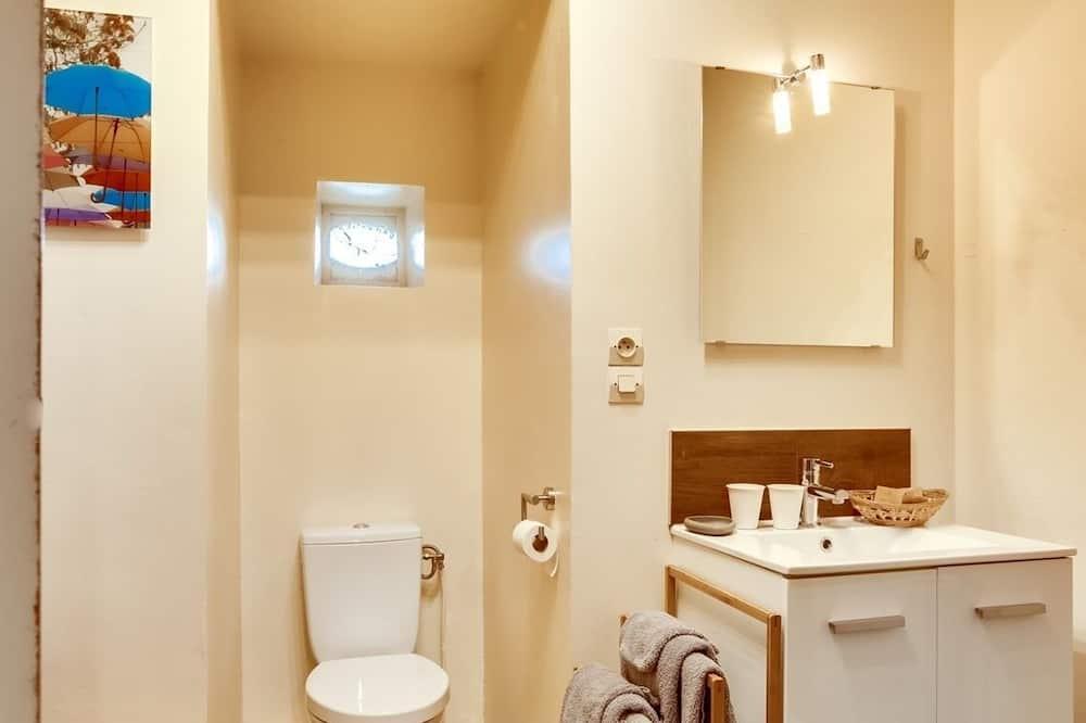 Comfort Apartment, Ensuite, Garden View - Bilik mandi