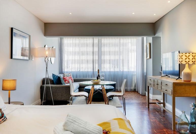 Mouille Point Apartment, Cape Town