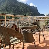 Standard Double Room, 1 Katil Ratu (Queen), River View, Mountainside - Balkoni