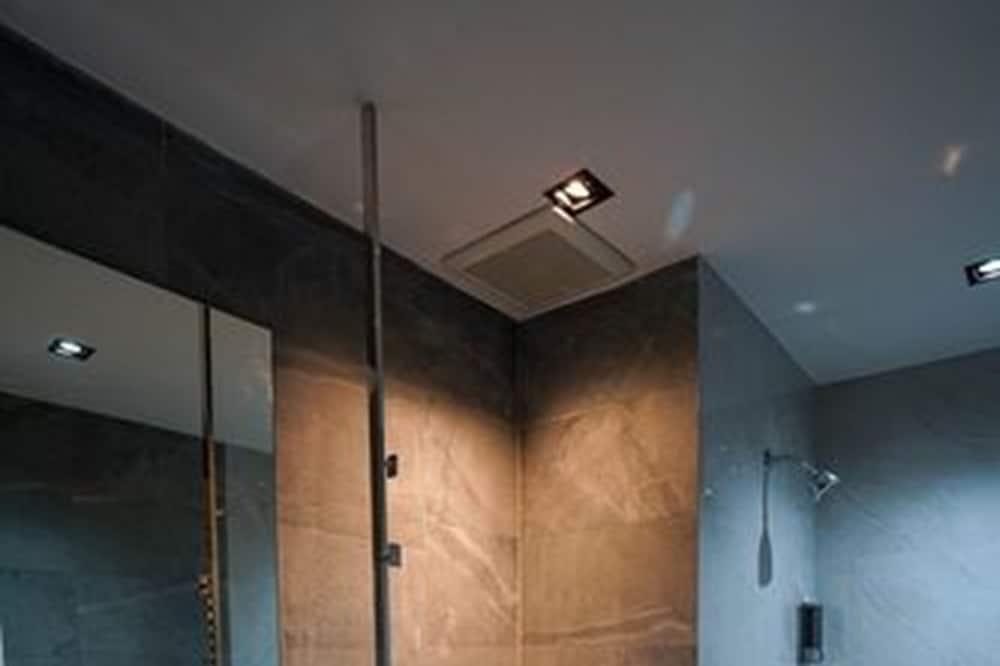 Deluxe Room - Μπάνιο