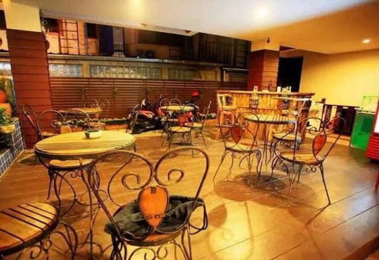 May I Inn, Chiang Mai, Salon de la réception