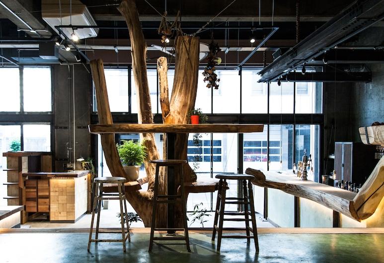 Nui. HOSTEL & BAR LOUNGE, Tokyo, Lobby Lounge