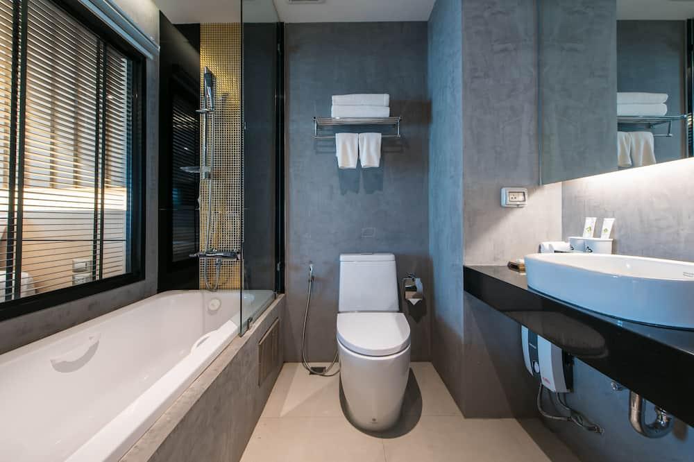 Hug Garden Twin Room - Bathroom