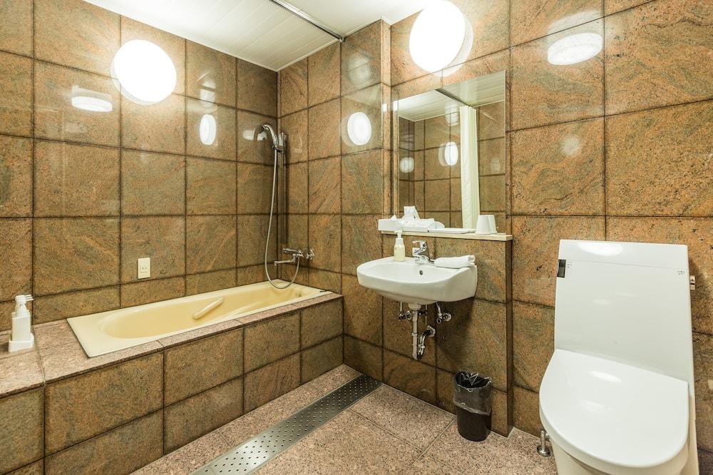 Dvojlôžková izba, nefajčiarska izba - Kúpeľňa