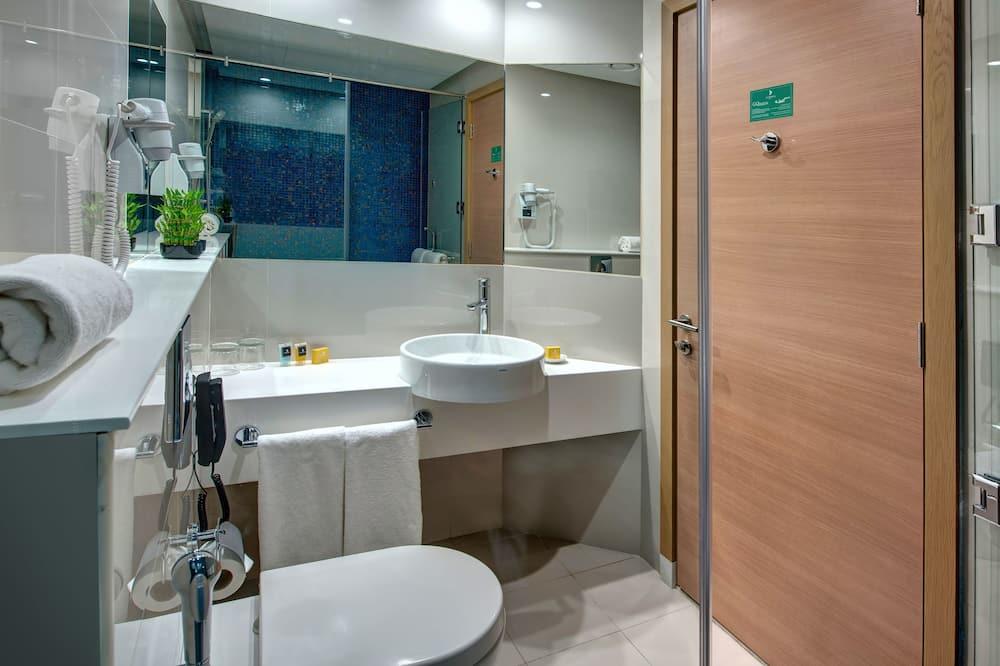 Liukso klasės dvivietis kambarys, 1 standartinė dvigulė lova - Vonios kambarys