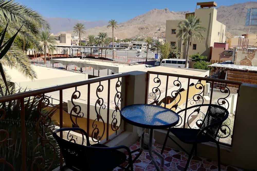 Family Apartment, 3 Bedrooms - Balcony