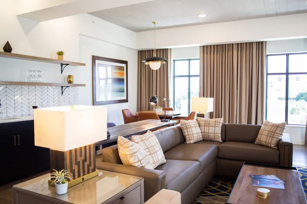 Suite, 1 Bedroom (1 King Bed) - Guest Room