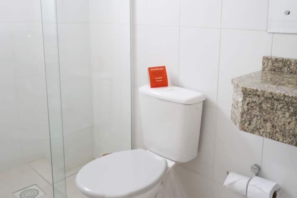 Standard Room (Quintuplo) - Bilik mandi