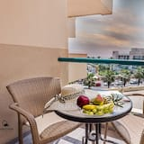 Exclusive Suite, Balcony, Lake View - Room