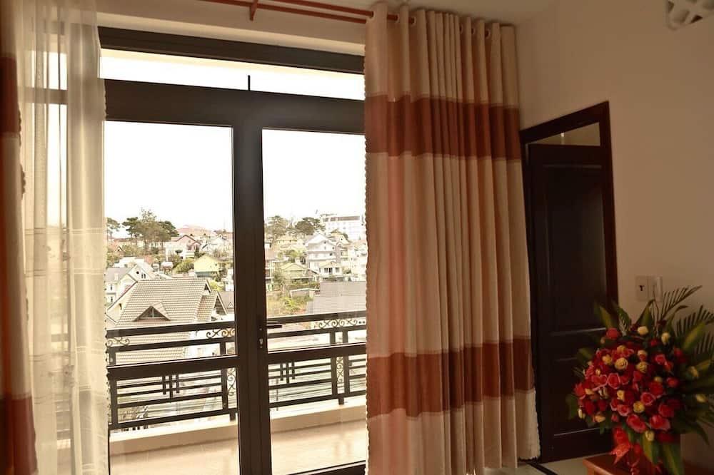 Standard Single Room, 1 Queen Bed - Balcony