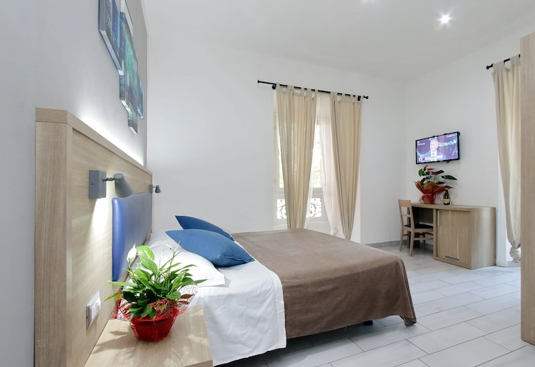 New Moon Guesthouse, רומא