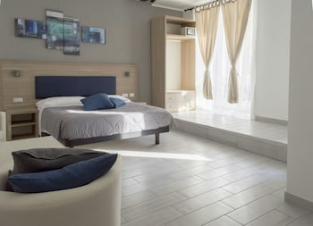 Picture of New Moon Guesthouse in Rome