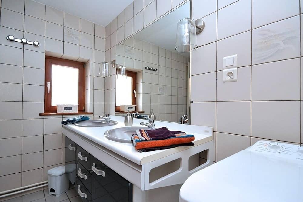Family Cottage, Ensuite (La Grande Charrue) - Bathroom
