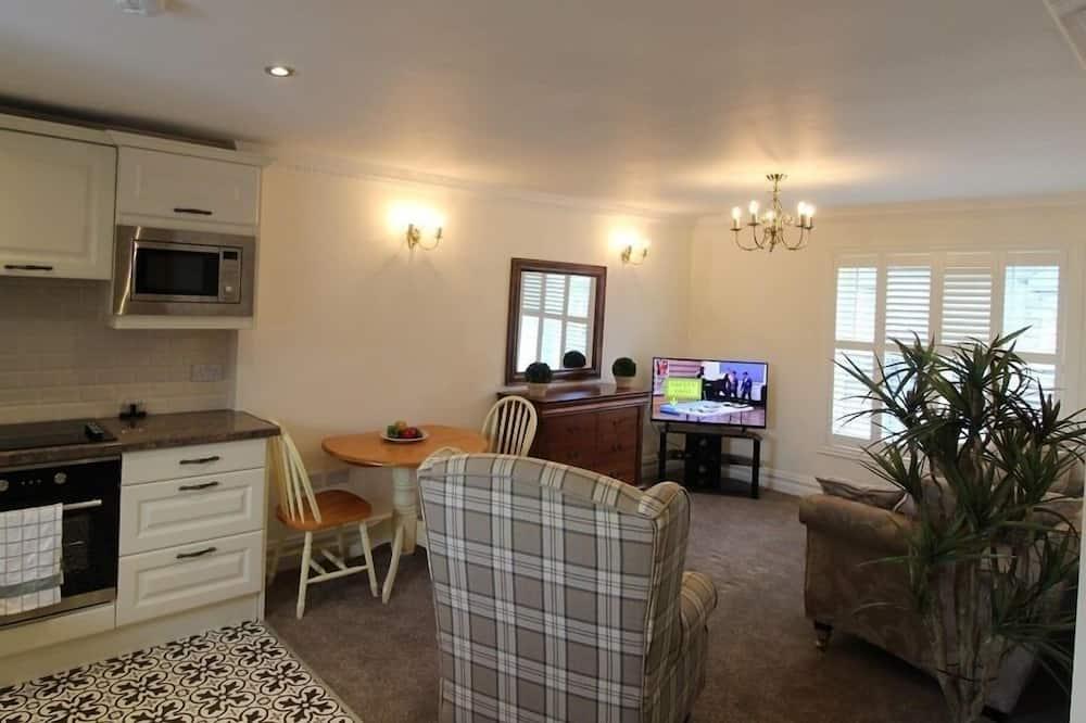 アパートメント 専用バスルーム (Apartment 5) - リビング ルーム