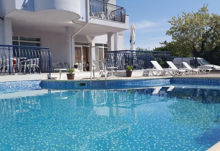 Hotel Yo, Varna, Piscina all'aperto