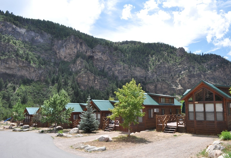 Glenwood Canyon Resort, Glenwood Springs