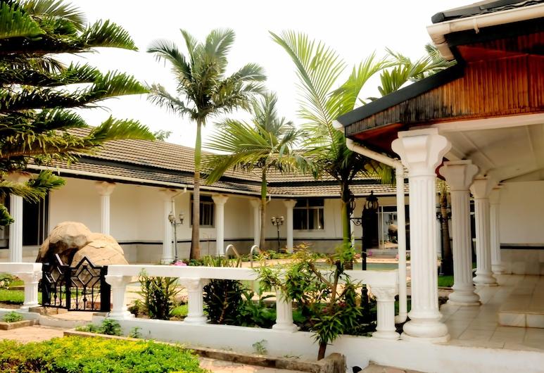 Melunah Lodge, Kitwe