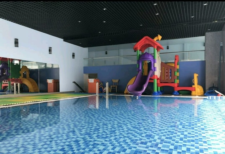 The Grand Condotel, หวุงเต่า, สระว่ายน้ำในร่ม