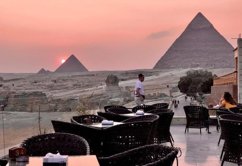 Pyramids Valley, Giza, Outdoor Dining