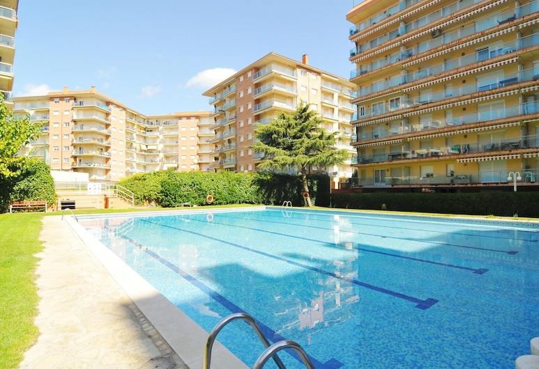 홈홀리데이렌탈 아파르타멘토 솔마르 - 코스타 바르셀로나, 산타 수산나, 야외 수영장