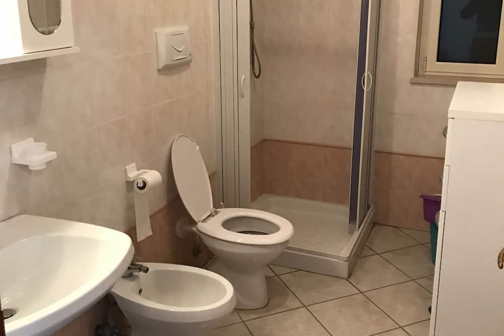 Standard Apartment, 1 Bedroom, Garden Area - Bathroom